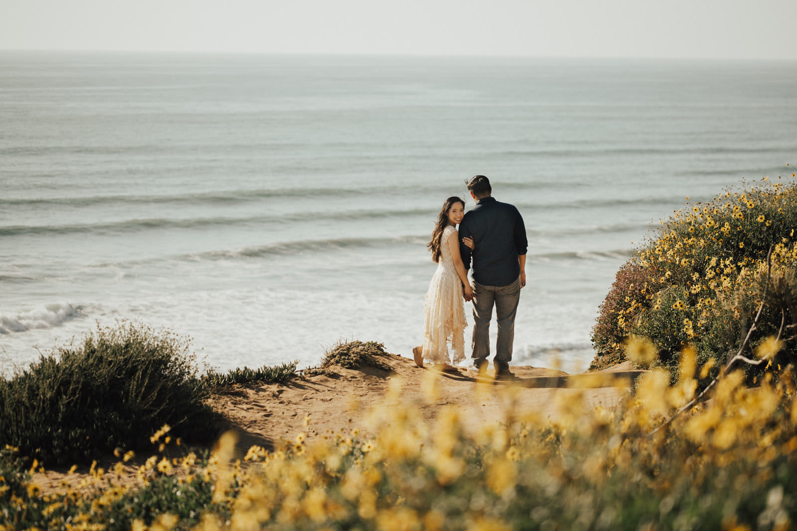 torrey pines engagement session hold your arm