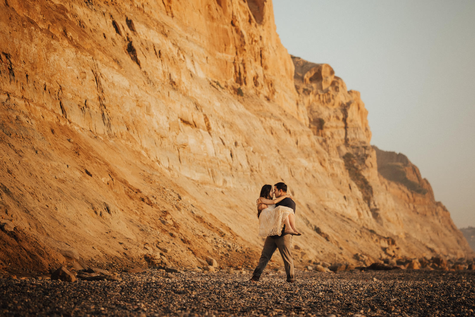 torrey pines engagement session romantic