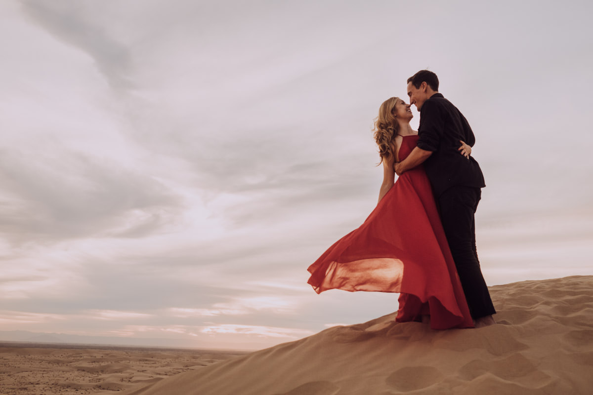 San Diego top 7 amazing engagement session locations amazing sunset at glamis imperial sand dunes engagement