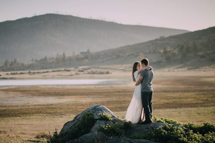 San Diego top 5 amazing engagement session locations sunset at lake cuyamaca engagement