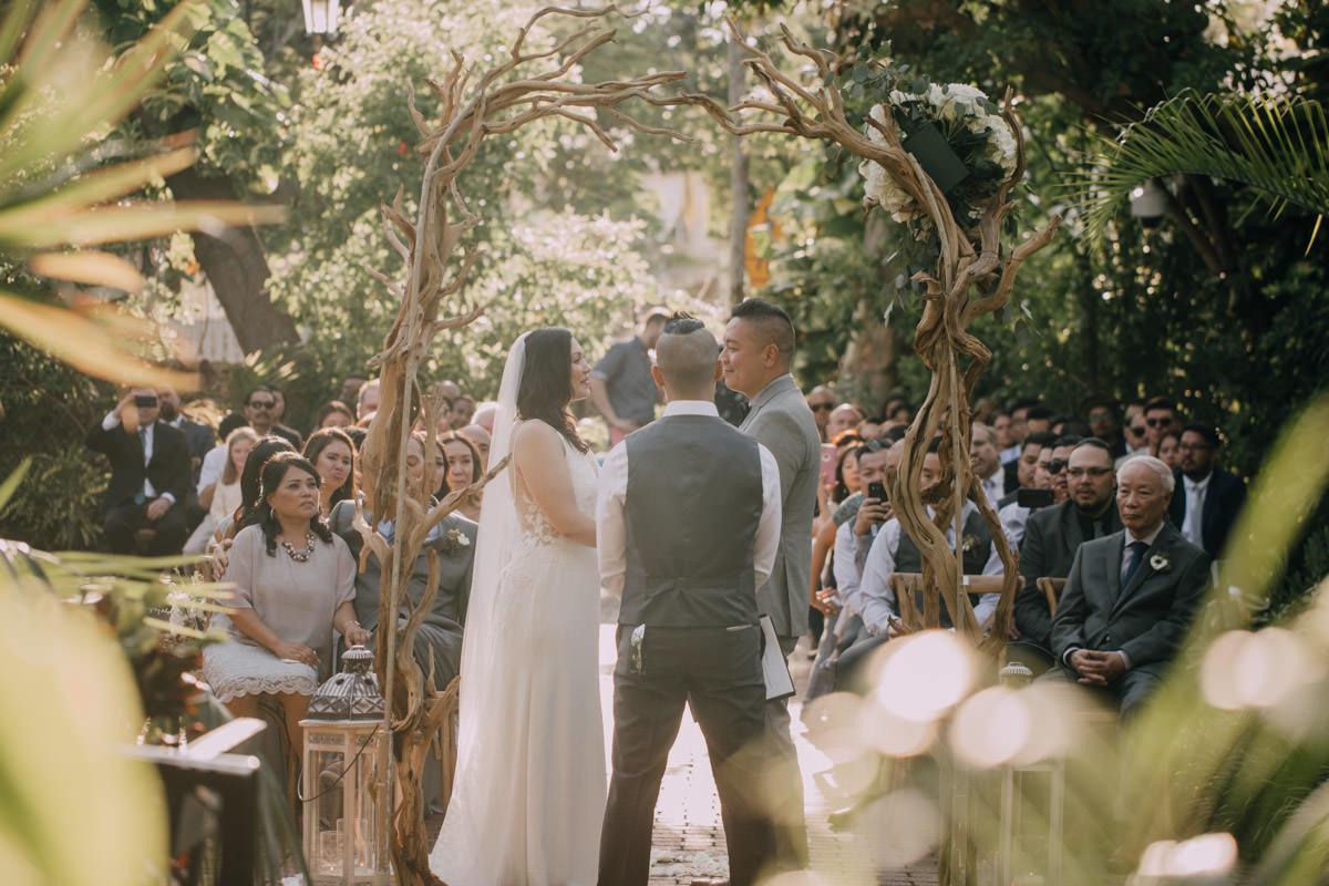 wedding ceremony at hemingway home key west florida 52