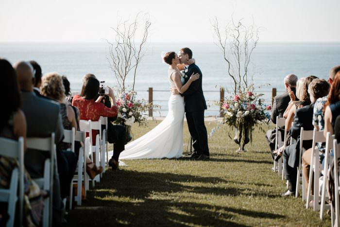 6 tips for getting gorgeous wedding photos - enjoy the day as much as possible