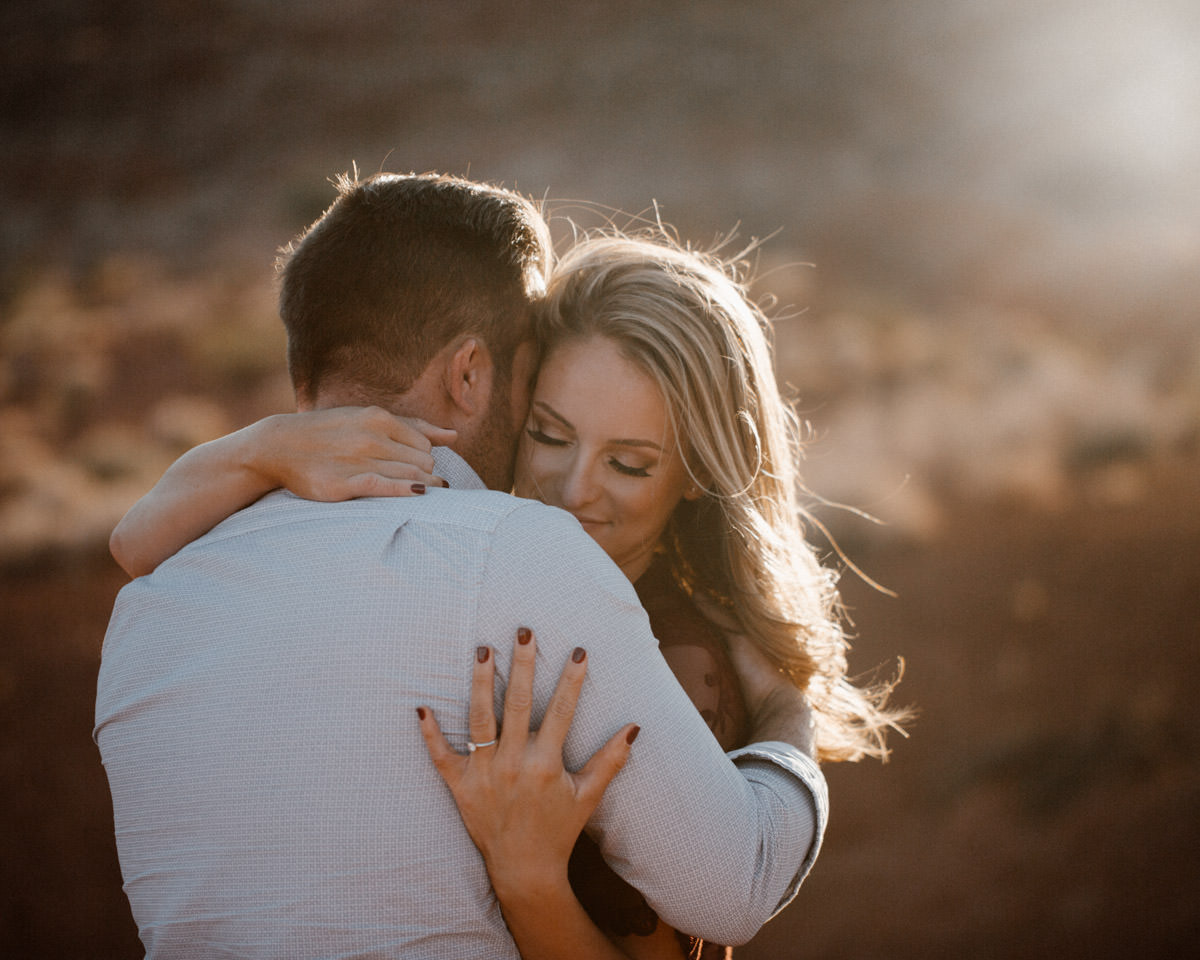 Just got engaged? The 6 things you need to do first set a potential wedding date