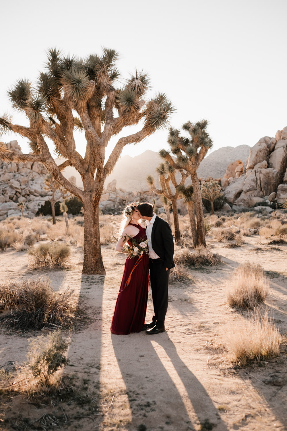 joshua tree + palm springs engagement a kiss under the sun
