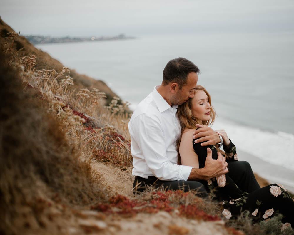 California top 33 epic engagement photography locations intimate moment blacks beach la jolla