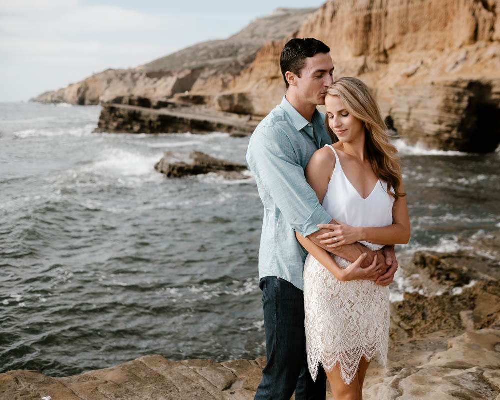 San Diego top 7 amazing engagement session locations cabrillo national monument sweet kiss