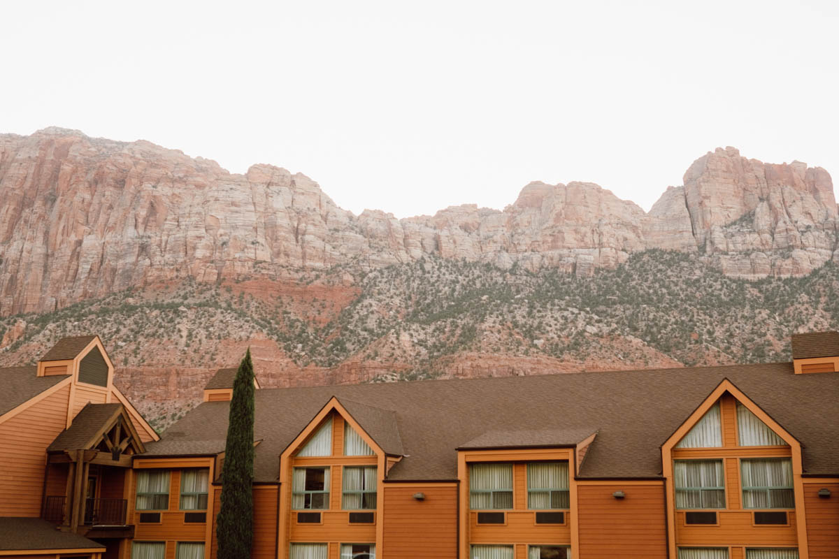 zion national park wedding hotel in the valley