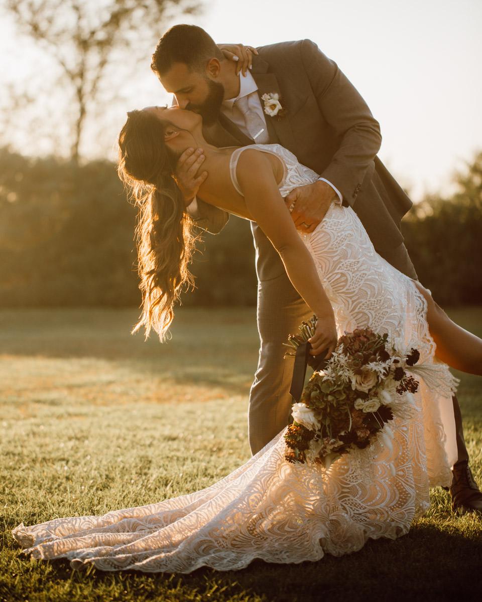 ethereal gardens wedding sunset kiss