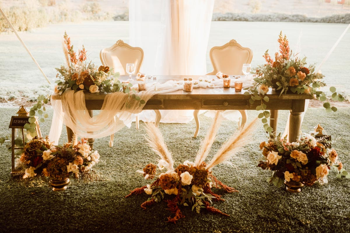 ethereal gardens wedding sweetheart table