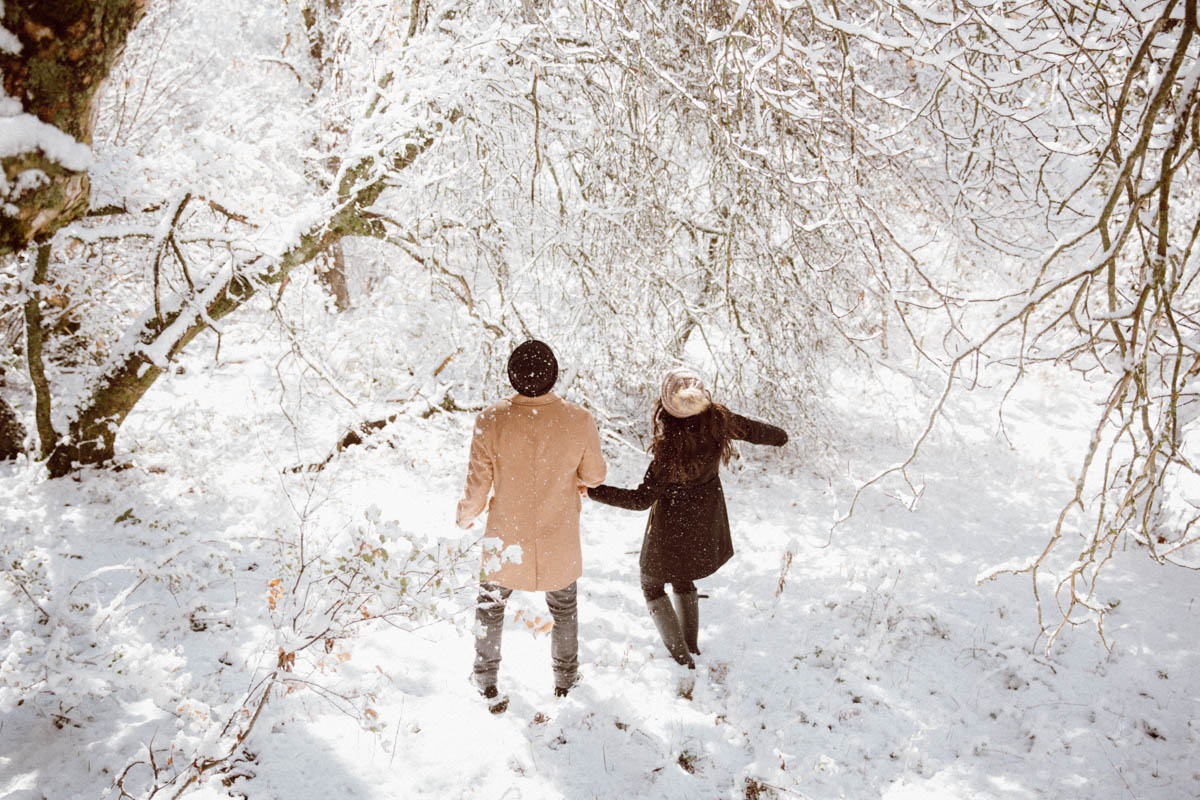 sequoia national park engagement session in awe by the winter wonderland